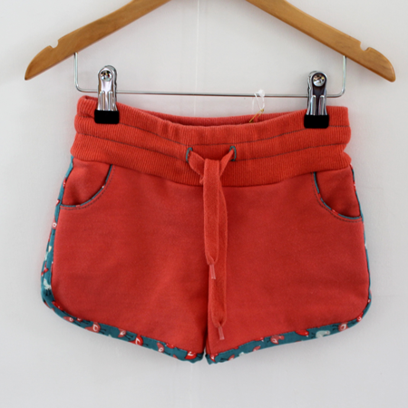 Hotpants zalm met kip from Dress en Les