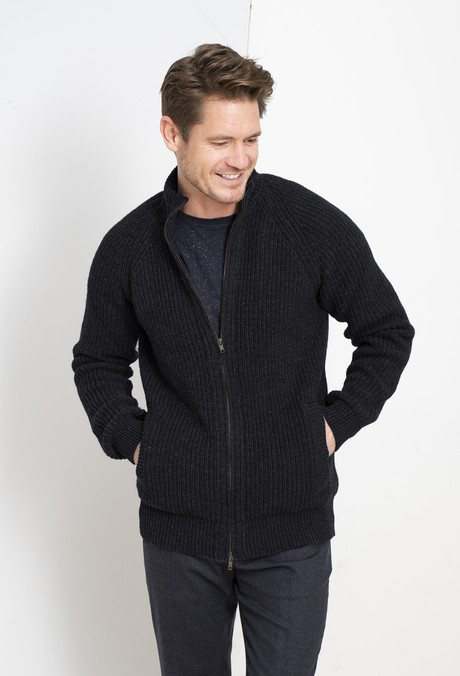 Fisherman Cardigan – Black from Loop.a life