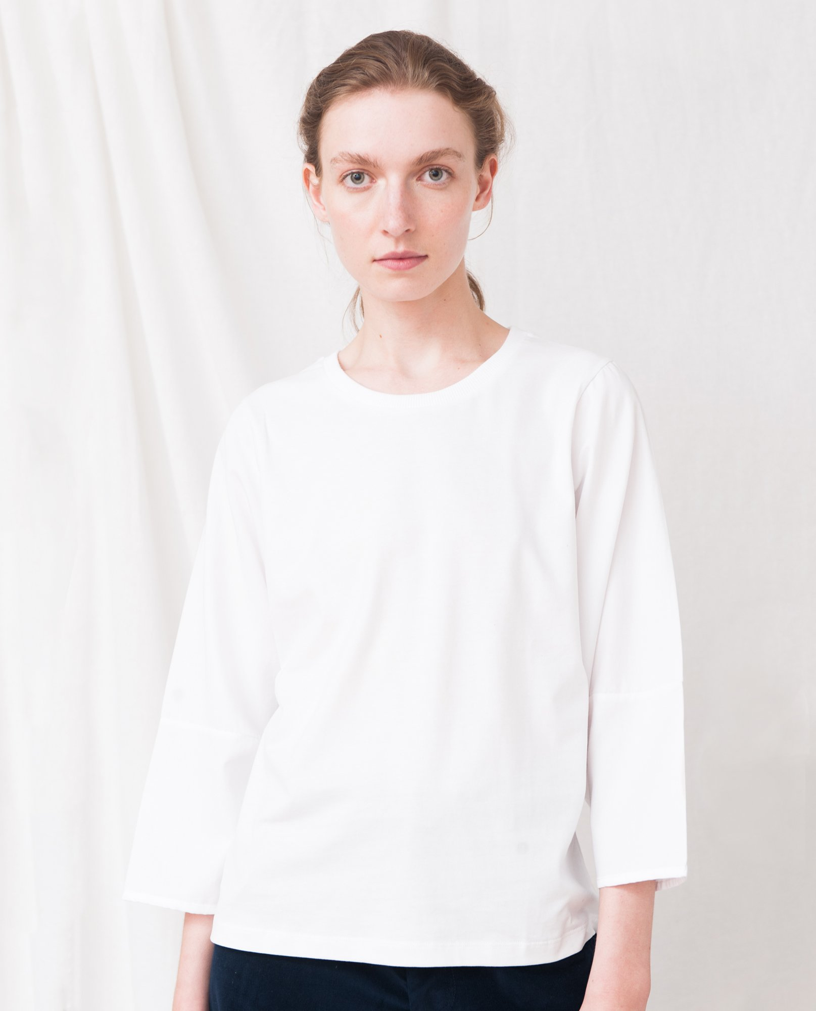EDITE Organic Cotton Top In White from Beaumont Organic