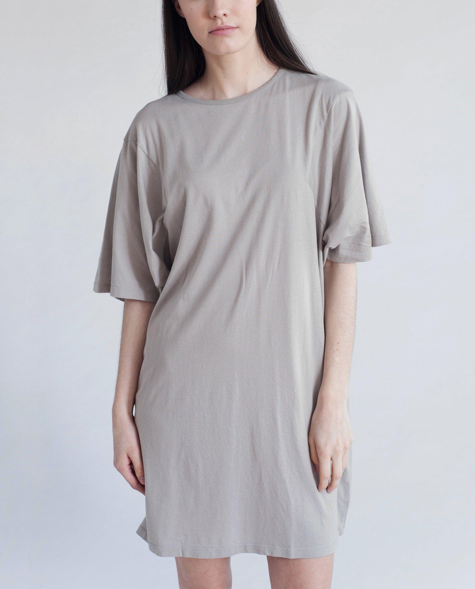DAISY Organic Cotton Tshirt In Light Grey from Beaumont Organic