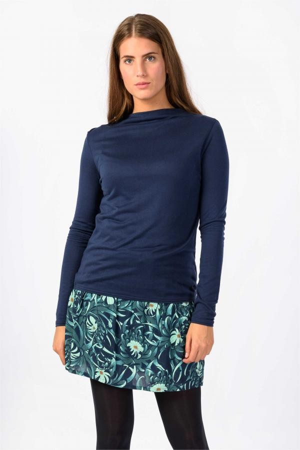 Iraue top - donkerblauw from Brand Mission