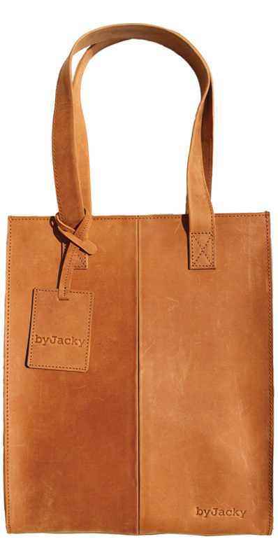 CLASSIC BAG ~ CAMEL WITH ZIPPER from by Jacky