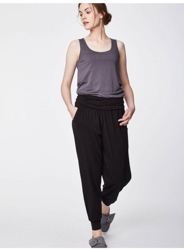 Bamboe broek zwart met brede tailleband from CAYBOO