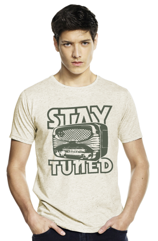 Stay Tuned T-shirt - Gespikkeld Creme from ChillFish Design