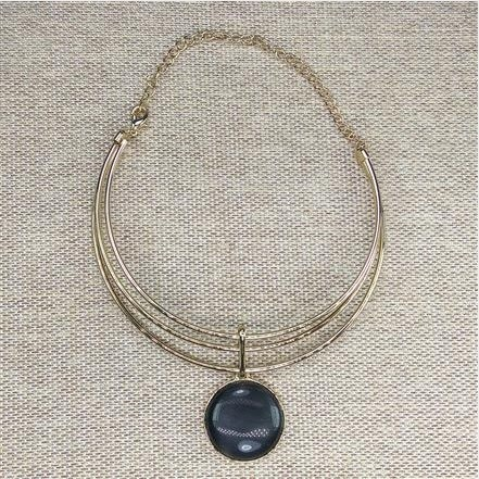 Round shaped Collar Necklace with Black stone from Grab Your Garb