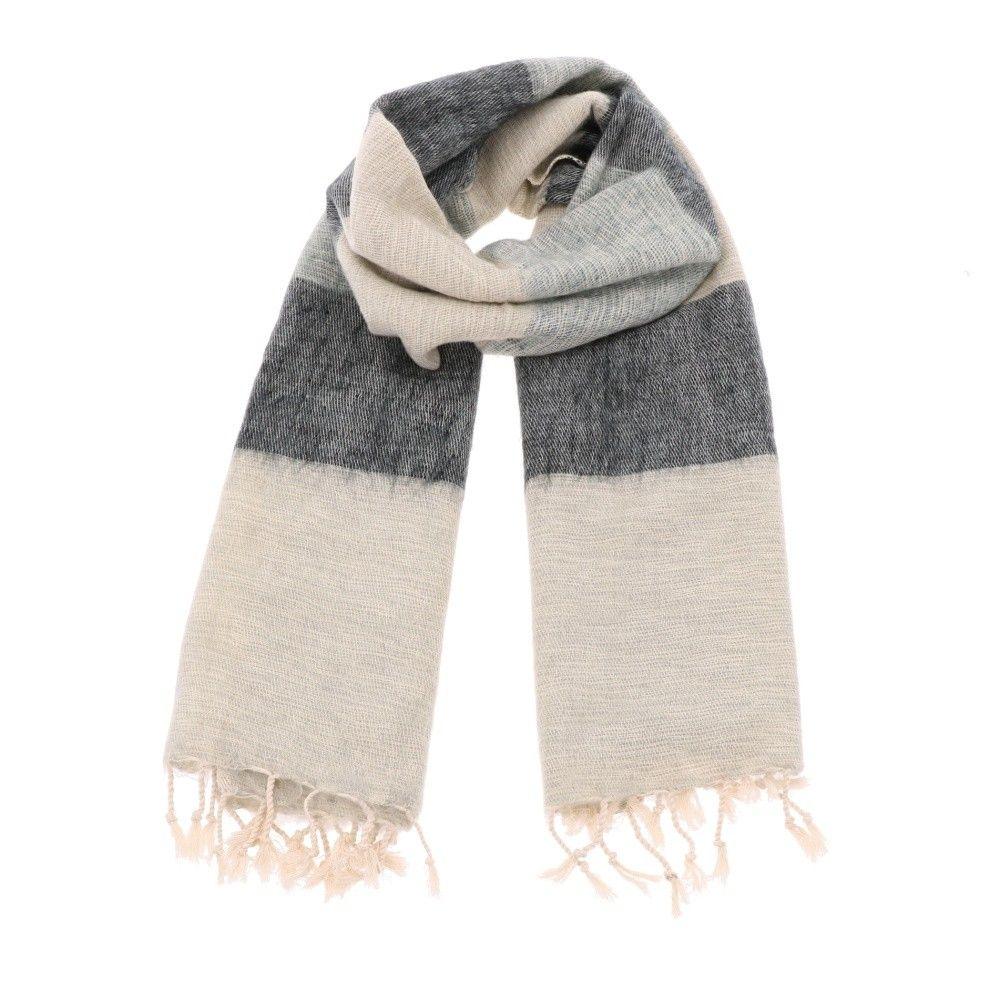 Pina - brede 'yakwol' sjaal of omslagdoek - grijs gestreept from MoreThanHip