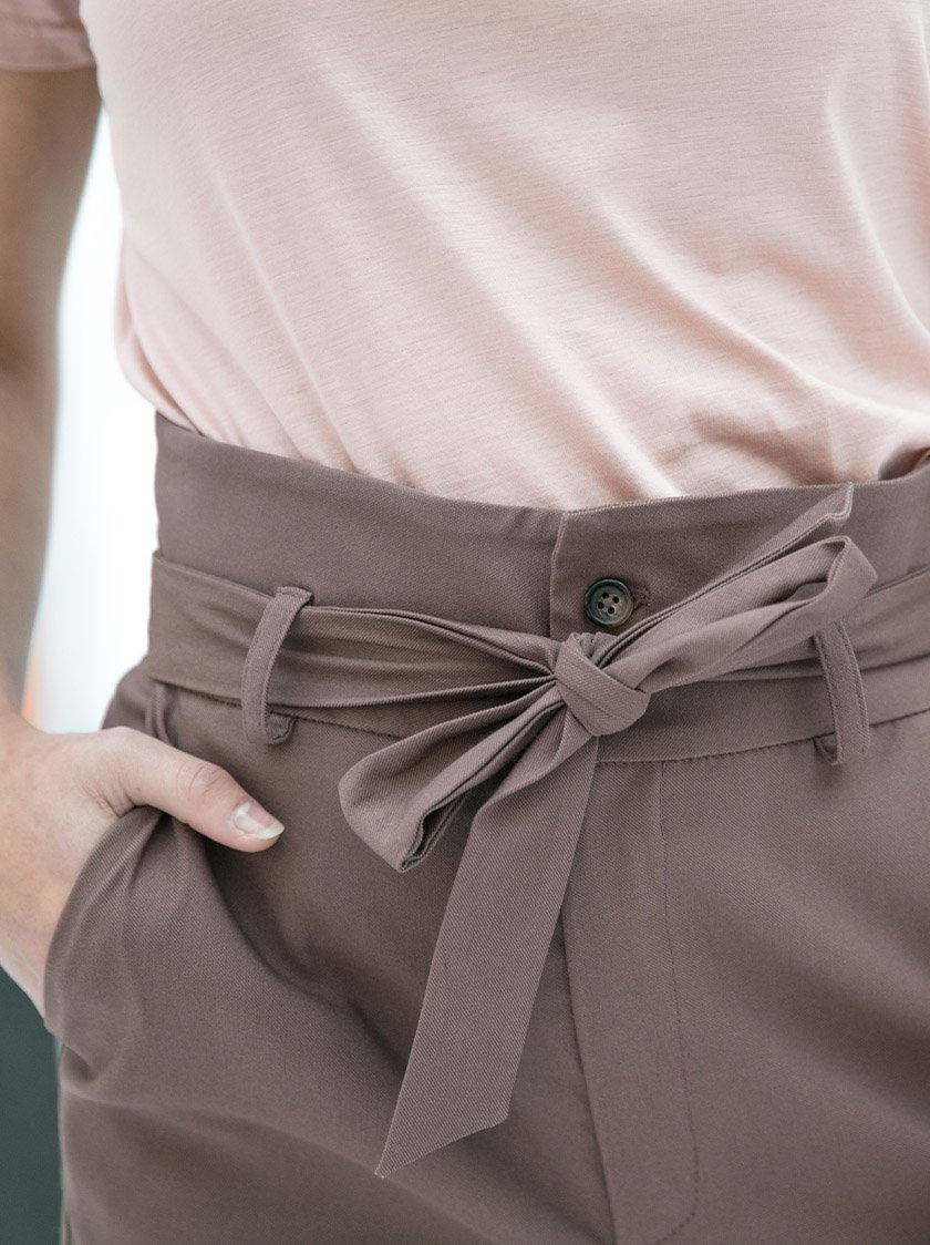 Dena Trousers Taupe from Noumenon