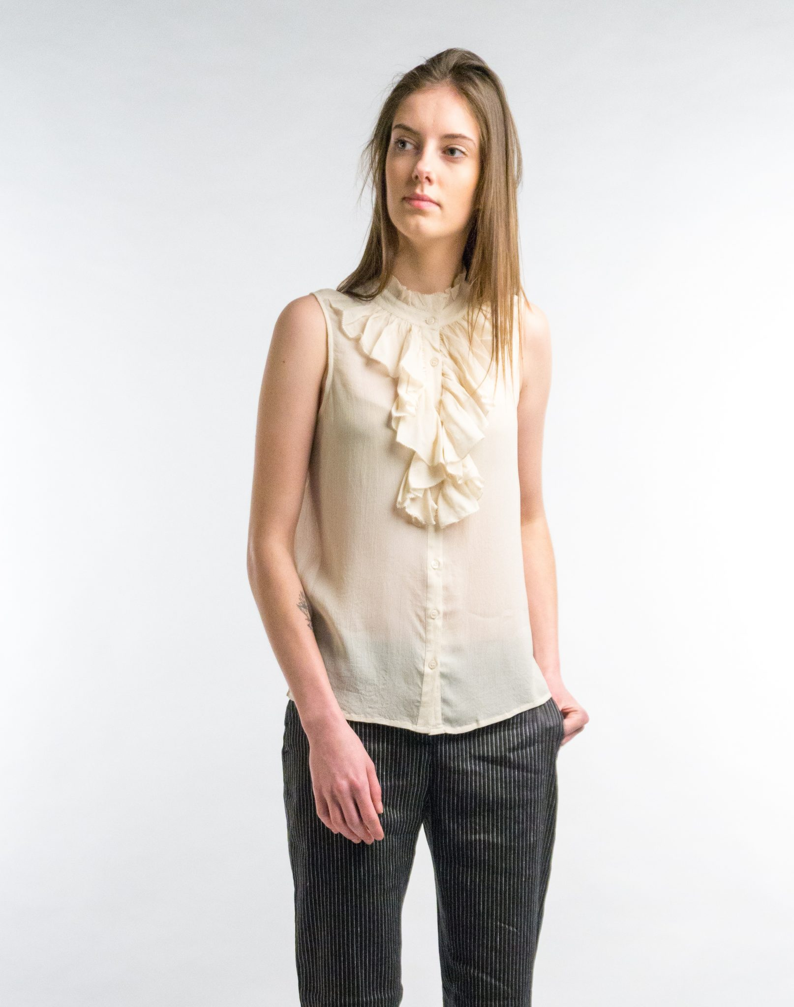 Blouse crepe voile volant – ecru from The Blind Spot