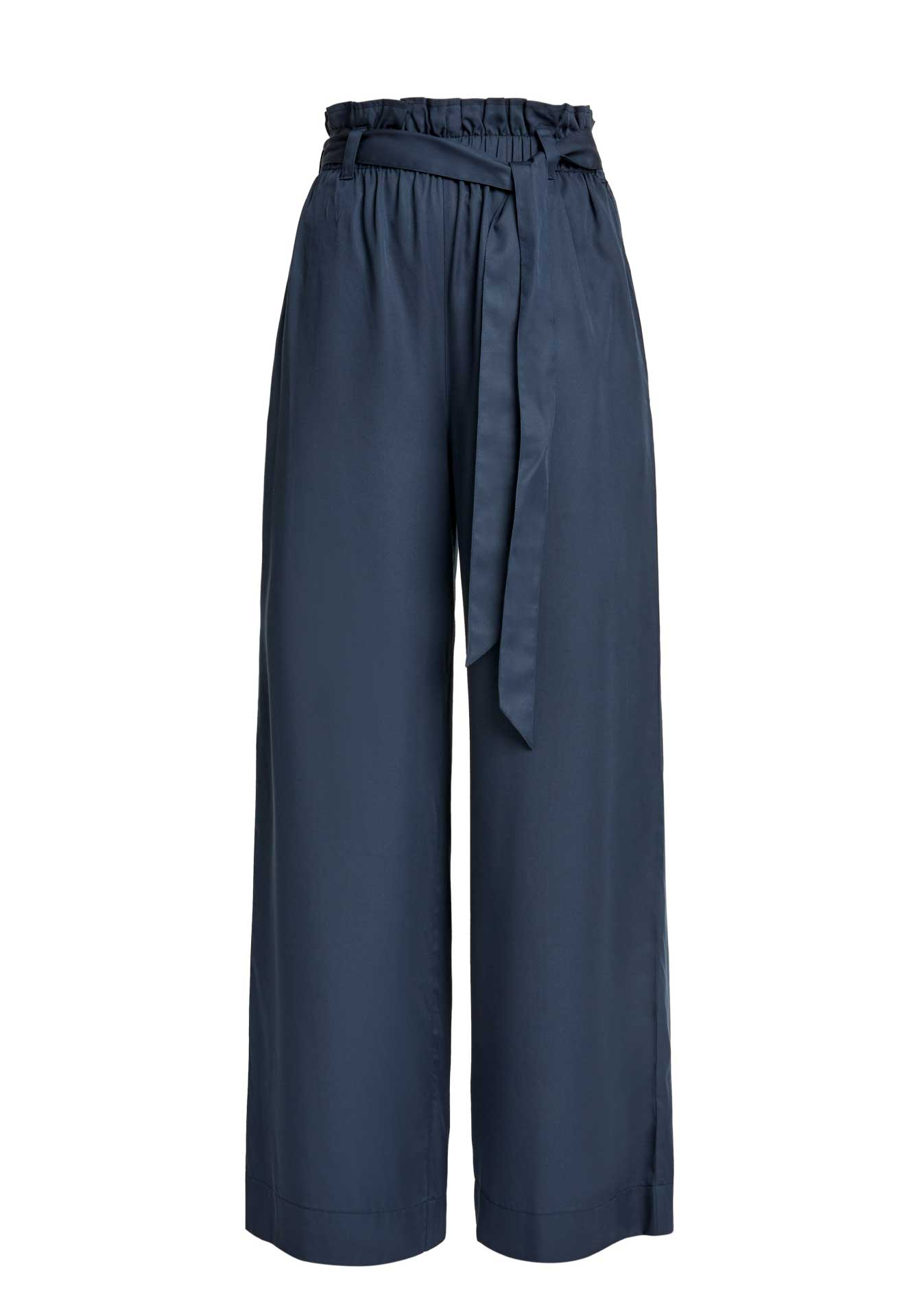 Susie trousers navy from The Blind Spot