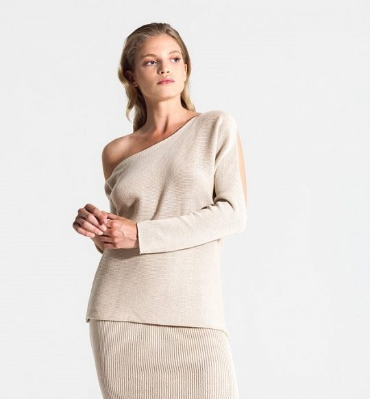 Duizel one shoulder sweater from The Blind Spot