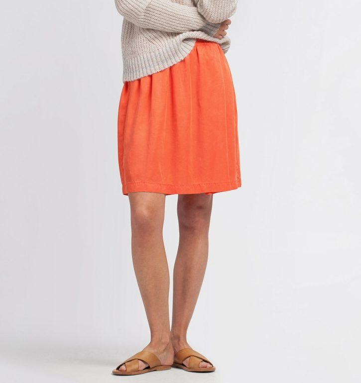 Bisar Skirt Oranje from The Blind Spot