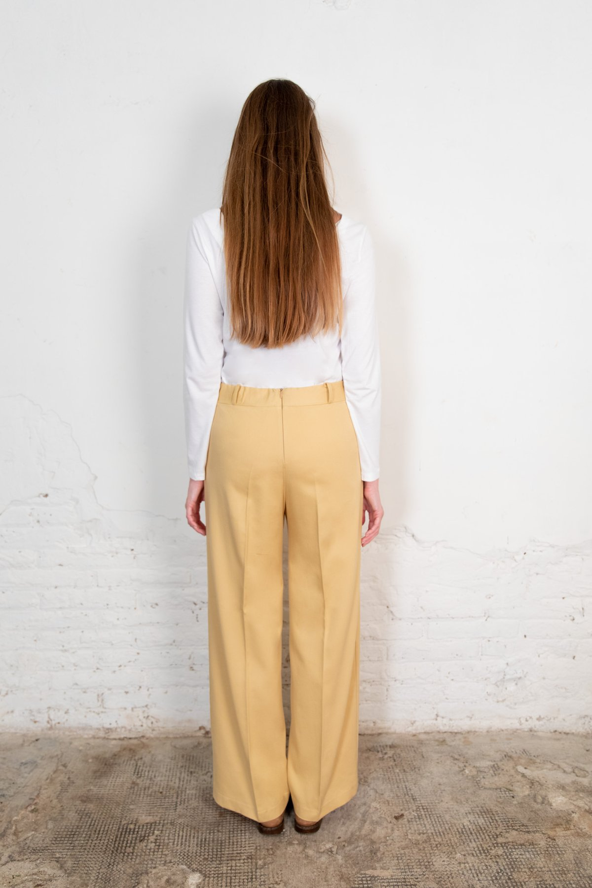 Lamad trousers sand from The Nordic Leaves
