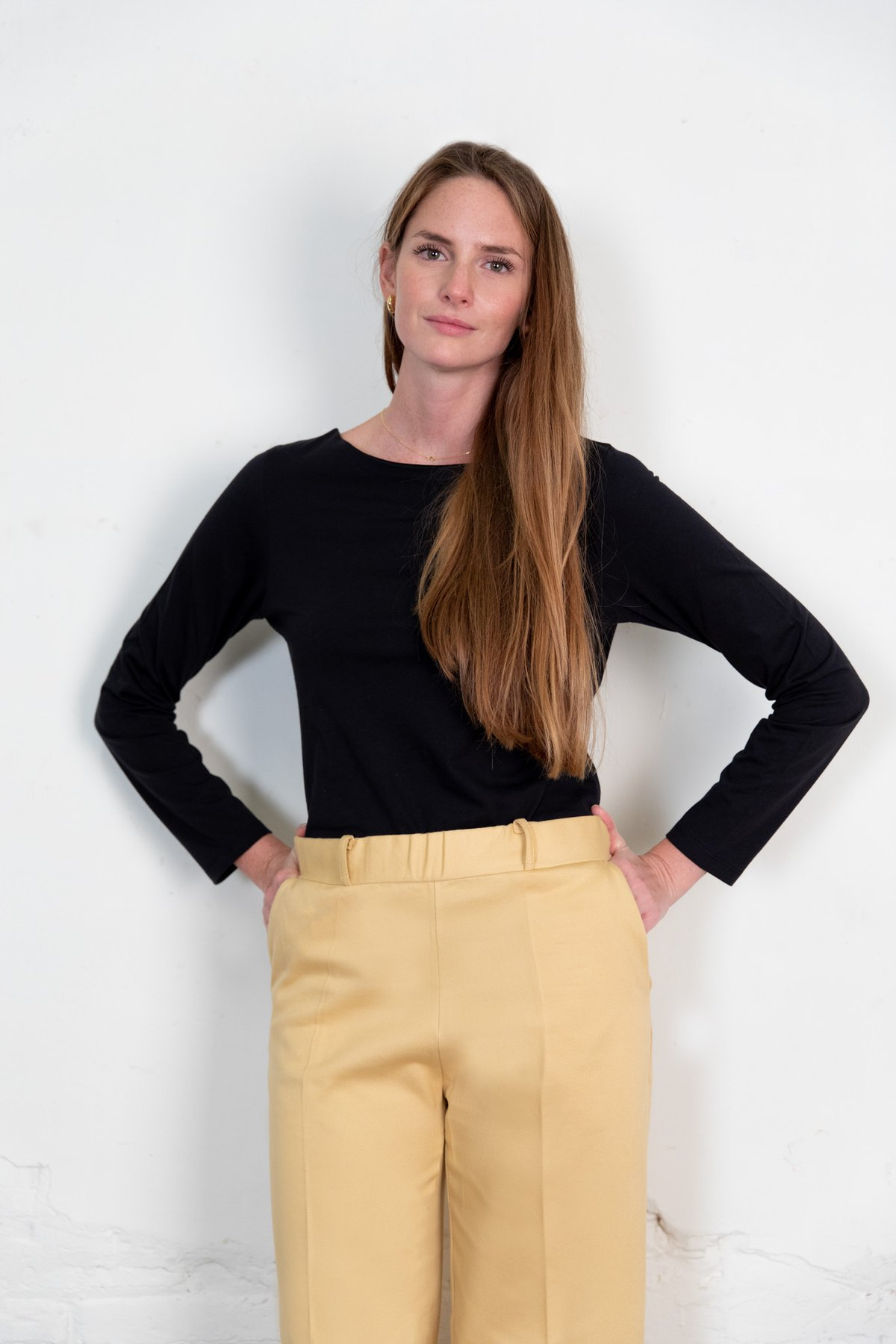 Blucu blouse black from The Nordic Leaves