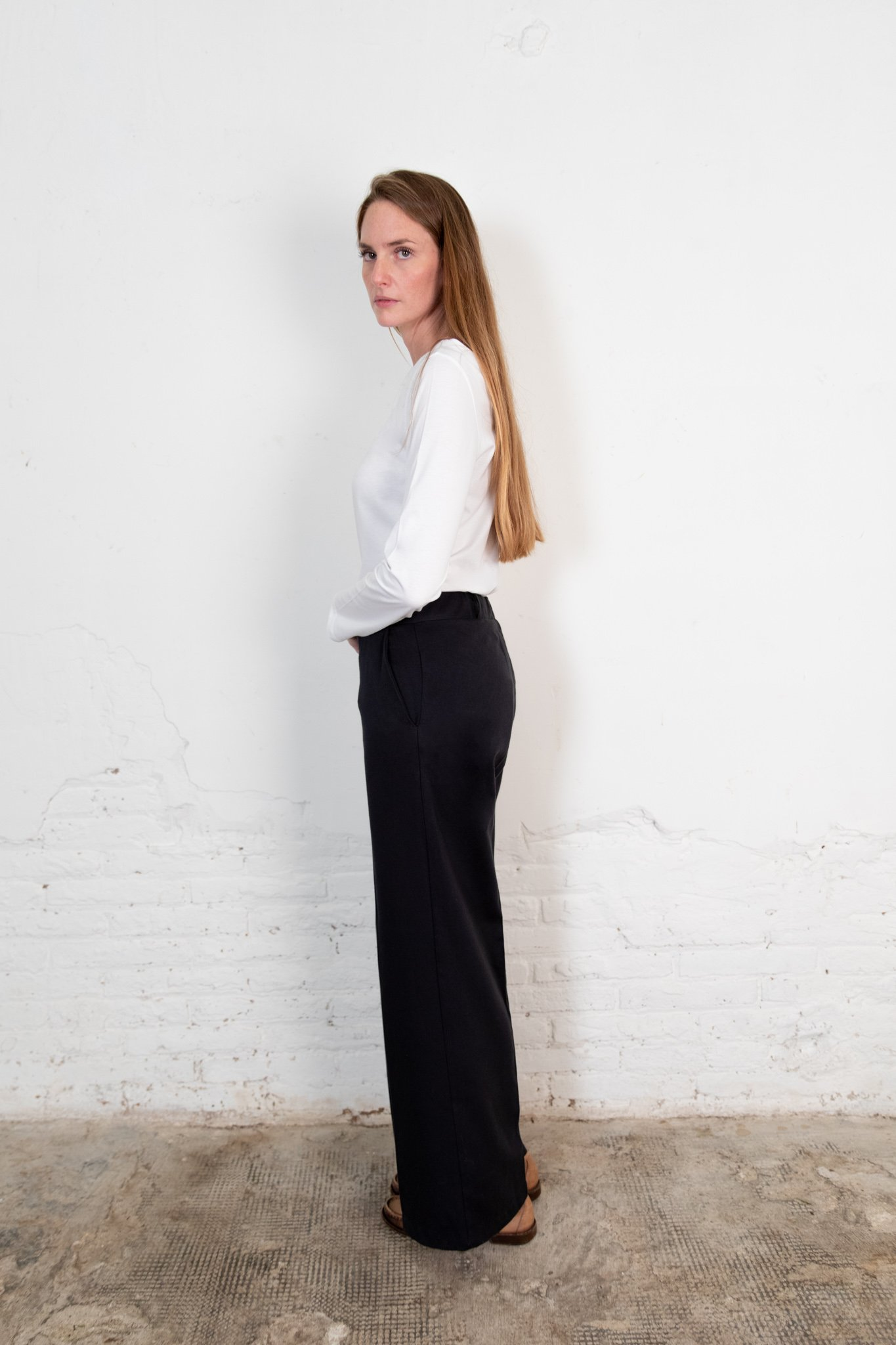 Lamad trousers black from The Nordic Leaves