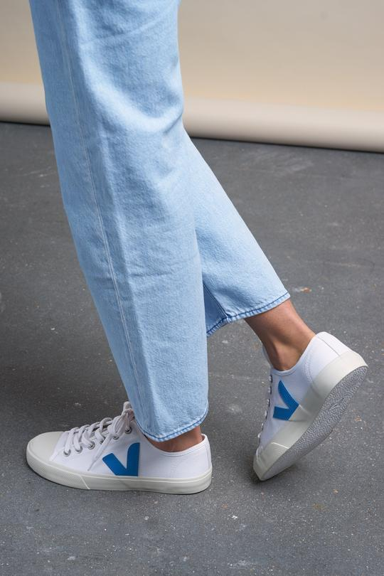 Wata sneaker white & blue from thegreenlabels.com