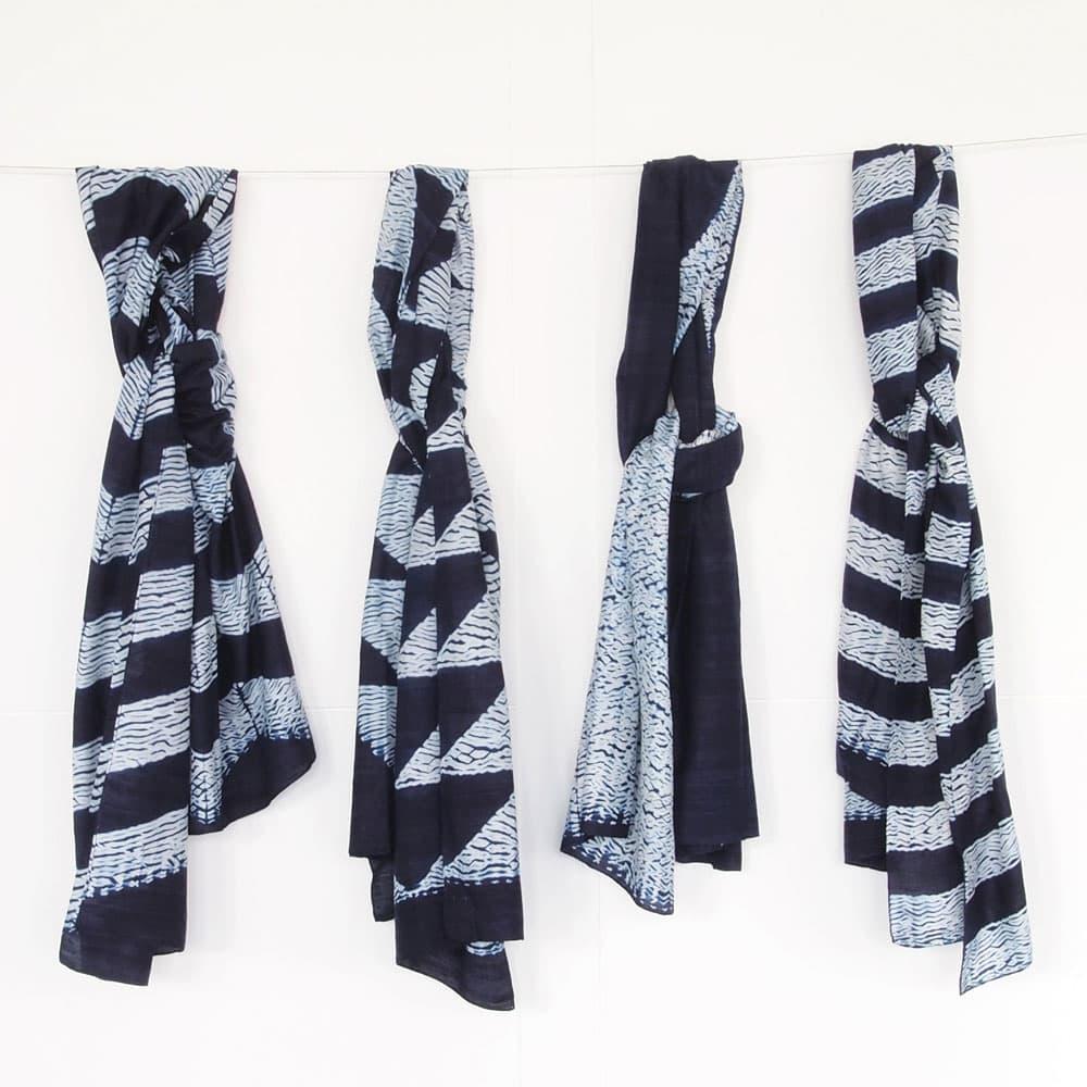Indigo shibori sjaal zijde | arrow from Tulsi Crafts