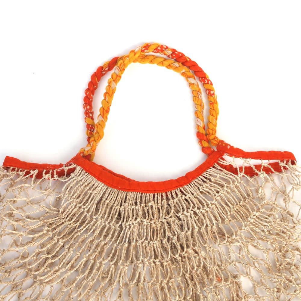 Boodschappennetje van jute en sari from Tulsi Crafts